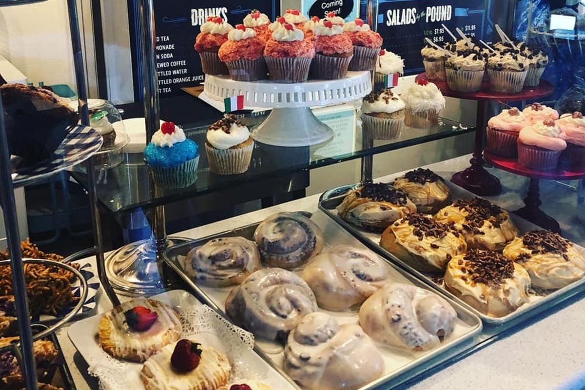 Blue-Rooster-bakeshop-eatery-lawrenceville-ga-featured-photos-5